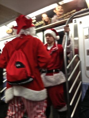 2 Santas
